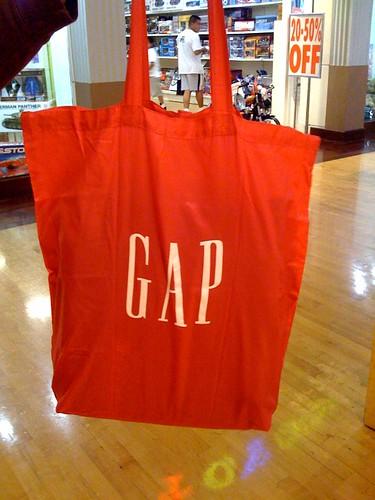 119/365 shopping