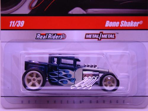 HWs Larrys Garage Bone Shaker