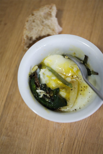 Baked eggs with ramps