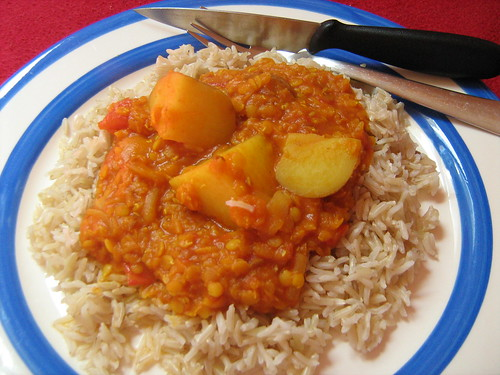 potato and tomato dahl
