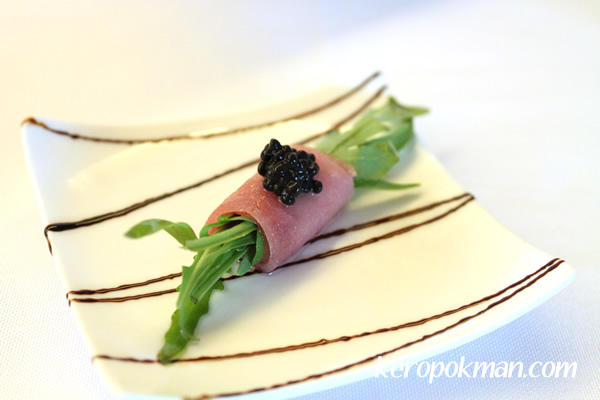 Arugula with Rolled Tuna