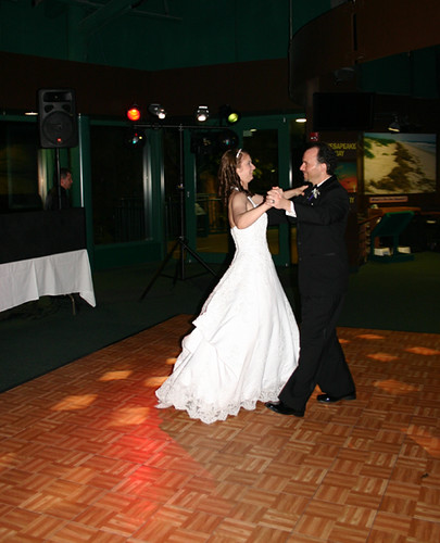 Vicky and Ryan Dance at Wedding Cropped (By Liza Franco)