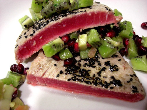 ahi tuna with kiwi salsa