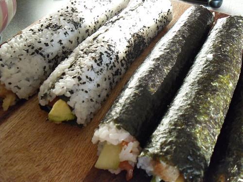 Uncut urimaki and maki rolls.