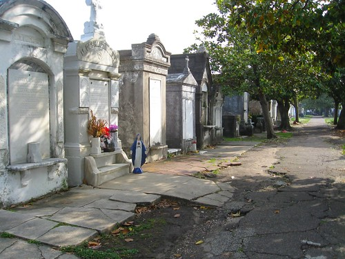 garden district cemetery