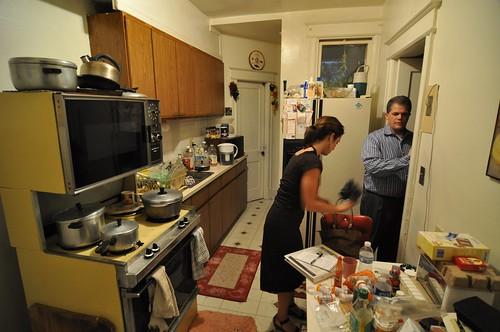 Pre-closing: kitchen west