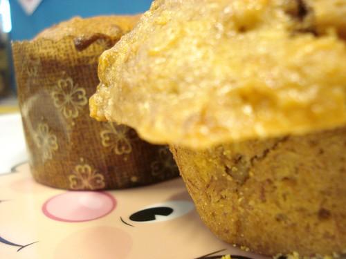 vegan apple cup & banana nut muffin