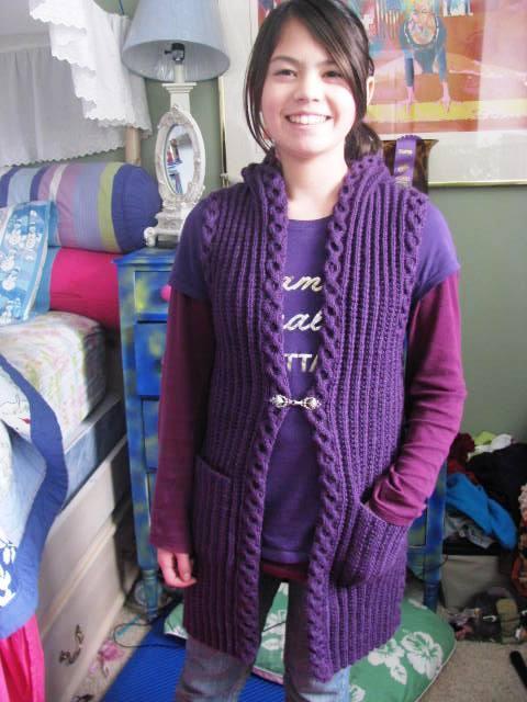 Hooded Vest VK2009 Fall Modeled