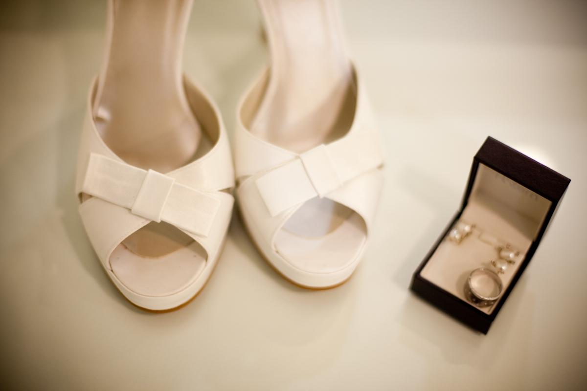 Sapatos, brincos e anel! um luxo só!!