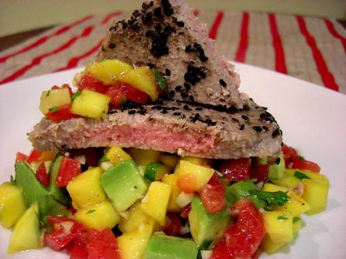 Tuna with salsa
