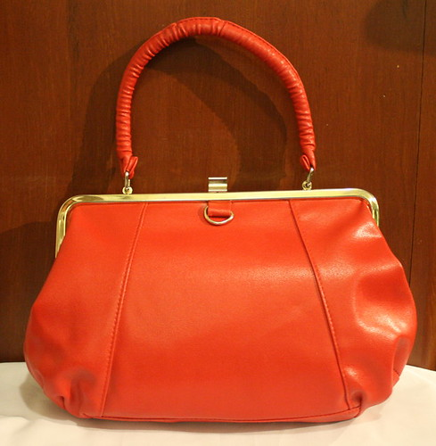 Vintage Handbag Red Doctors