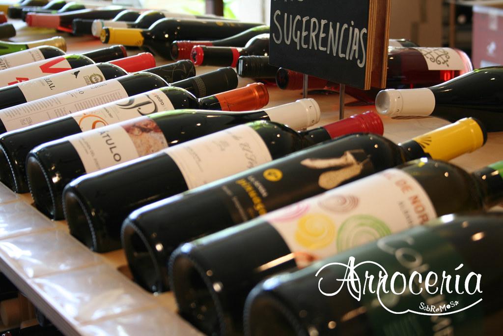 Disponemos de una carta de vinos anti-crisis, para que disfrutes de buenos vinos a un precio económico.
