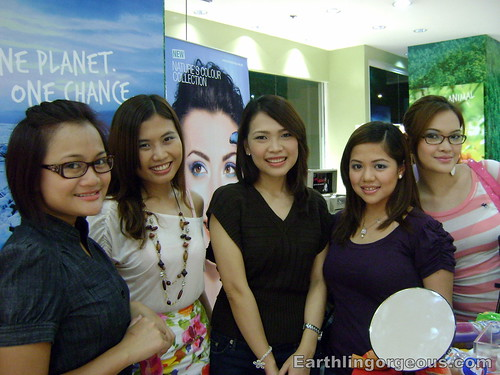 Beauty Bloggers Phoebe, Tara, Nikki and Shen