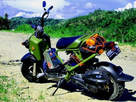 tampilan standar Honda Zoomer