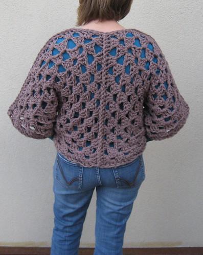 granny shrug - back seam detail