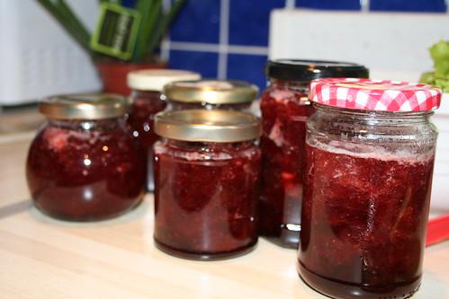 strawberry jam pots