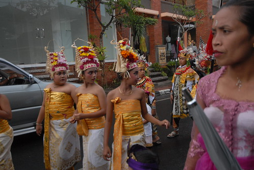 En Route: Bali Makes Welcome Time Demands