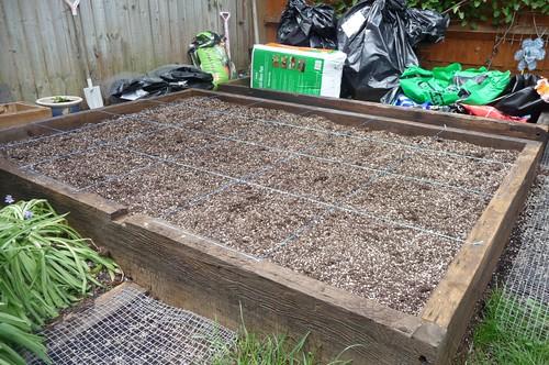 Making Square foot garden