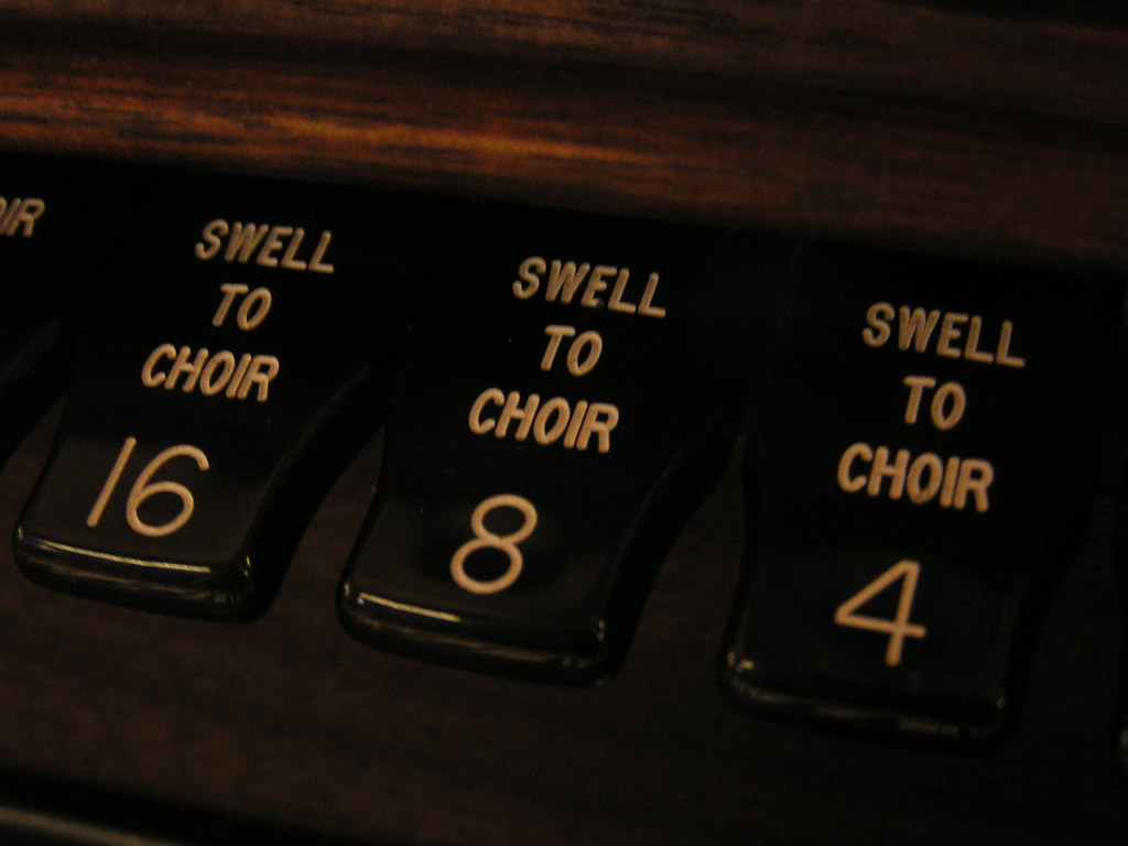 Swell to choir, Austin Organs