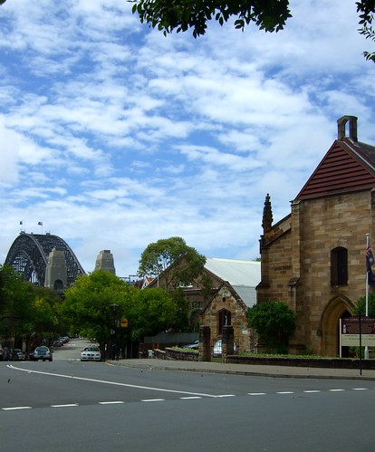 Argyle Street church and the bridge