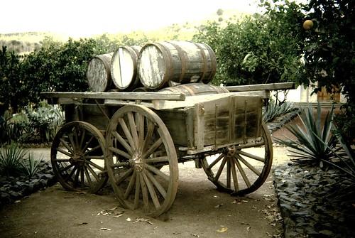 Carreta en Hacienda con barriles