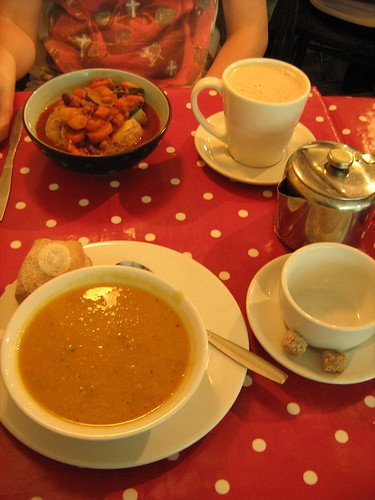 tide tables cafe