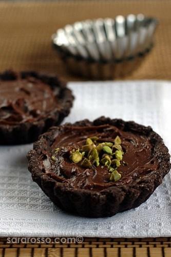 nutella mascarpone cream chocolate tarts recipe for world nutella day ms adventures in italy. Black Bedroom Furniture Sets. Home Design Ideas