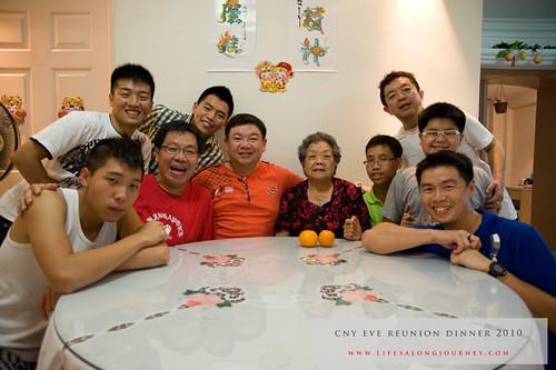 CNY Reunion Dinner 2010 #24