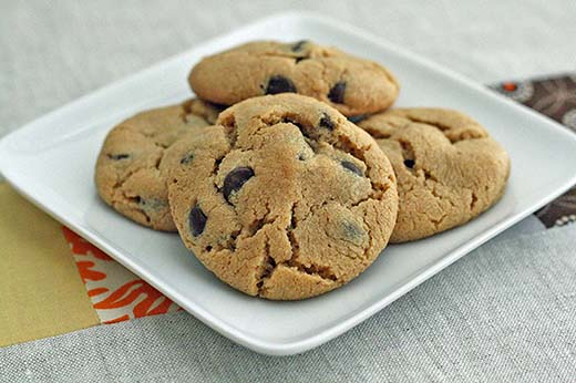 Flourless Peanut Chocolate Cookies