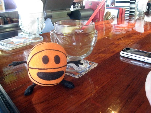 bally and a mai tai at hula grill