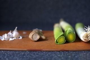 garlic, ginger and leeks