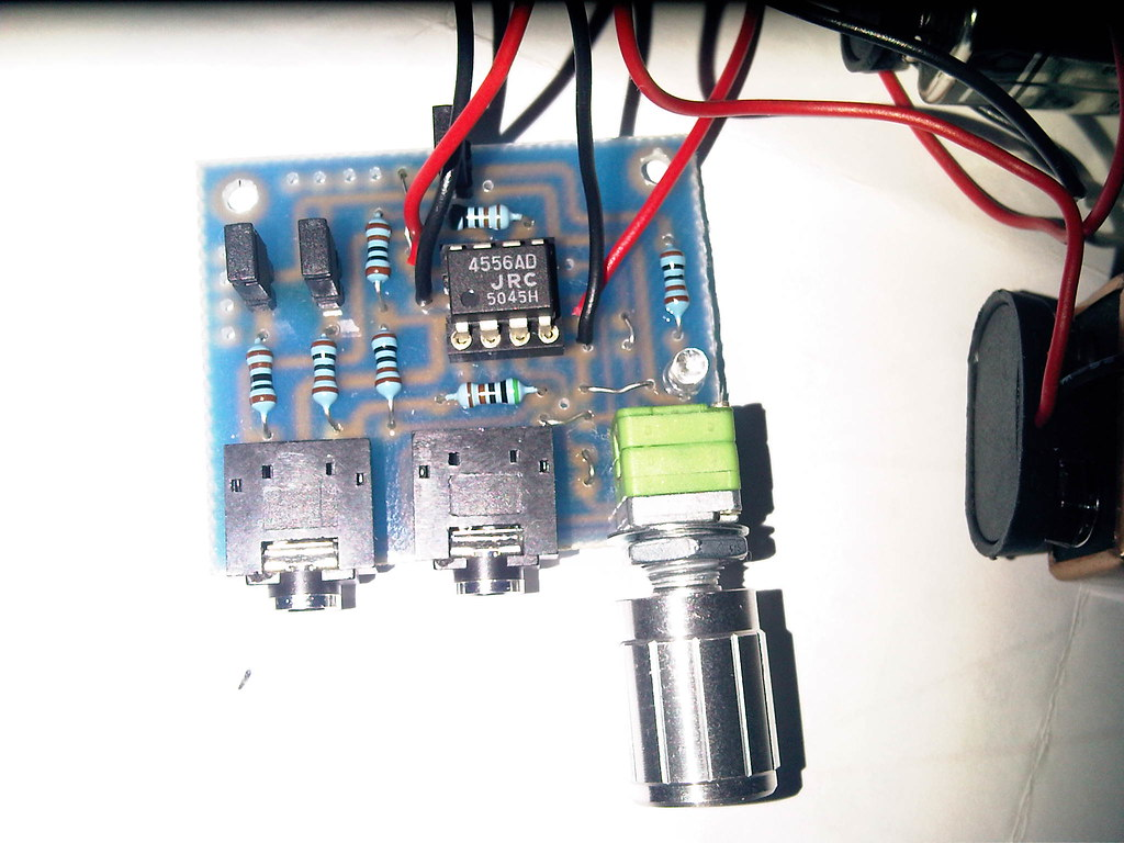 hight resolution of close up assembled villo 2 tags amplifier headphone cmoy