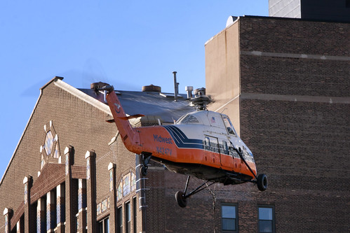 Printer's Row Helicopter Lift 1