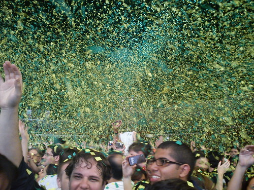 After the end, rain of green and yellow paper