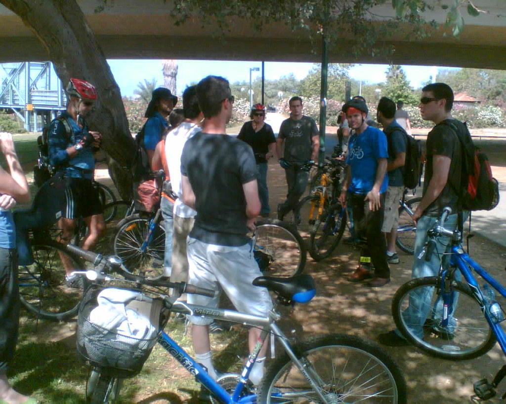 סיור אופניים בפארק הירקון