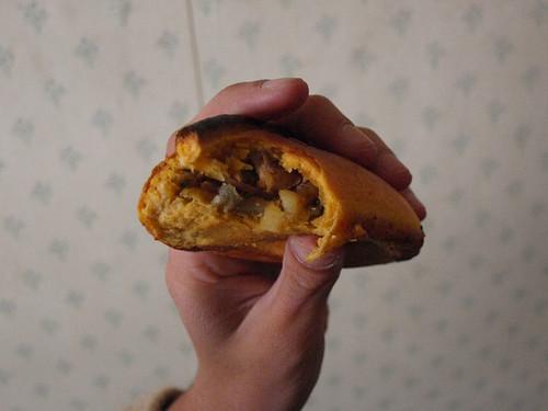 Bolivia: Empanadas salteñas (2)