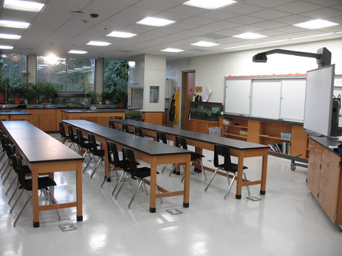 Biology/Chemistry Lab/Classroom