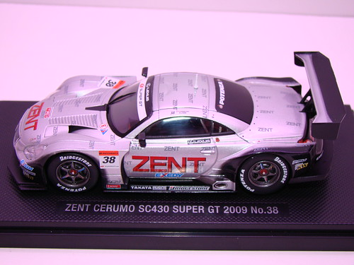 EBBRO ZENT CERUMO SC430 SUPER GT 2009 NO (1)