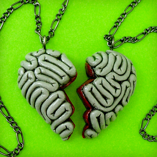 Gory Best friends Necklaces