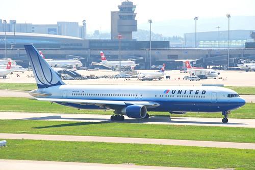 United Airlines Boeing 767-300; N657UA@ZRH;20.08.2009/551cv