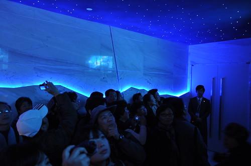 台灣館-即將進入720度全天域劇場