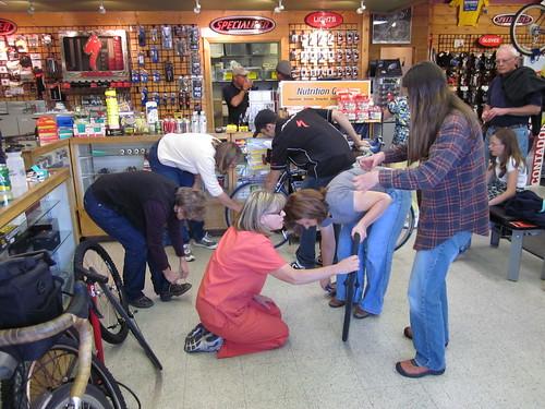 Flat Tire Fix Class at the Bike Smith
