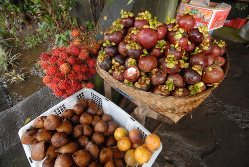 En Route: A Cornucopia of Indonesian Fruit