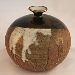 Kennedy. Stoneware vase