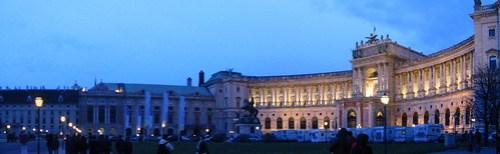 Josefsplatz e Hofburg di notte