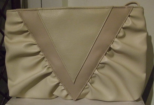 Vintage Handbag Cream Triangles