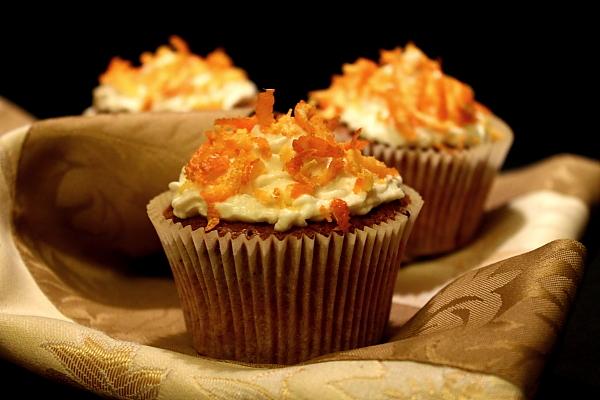 Cupcakes de morcovi cu alune