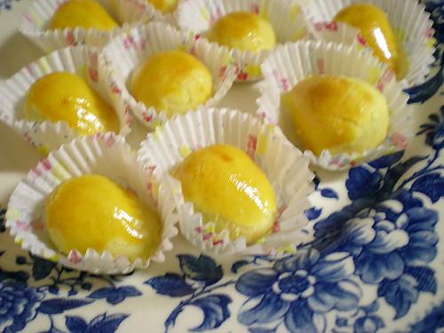 Pineapple golden eggs