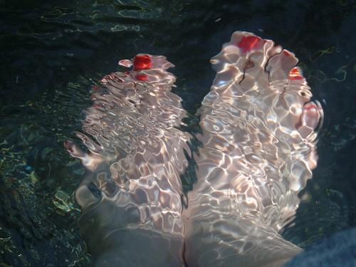 Sunny Fountain Feet