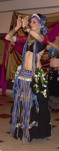 tribal showing hip tucks